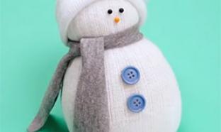 Créer un bonhomme de neige avec une chaussette
