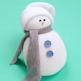 astuce cr er un bonhomme de neige avec une chaussette. Black Bedroom Furniture Sets. Home Design Ideas