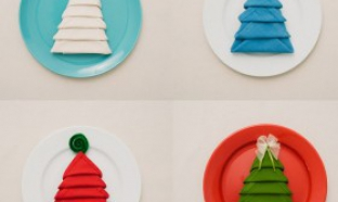 plier vos serviettes de table en forme de sapin de Noël