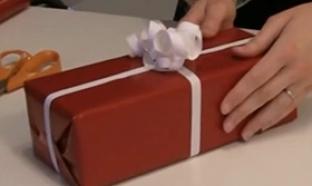Astuce pour emballer un cadeau