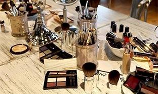 Jeu Yves Rocher : 10 box maquillage de 500€ à gagner