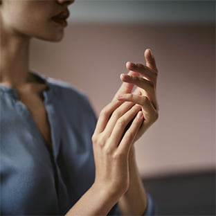 Jeu Stylist : 30 crèmes mains Dr. Hauschka à gagner