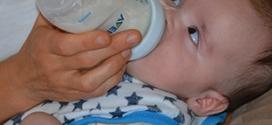 620 références de lait infantile retirées : Quelles alternatives ?