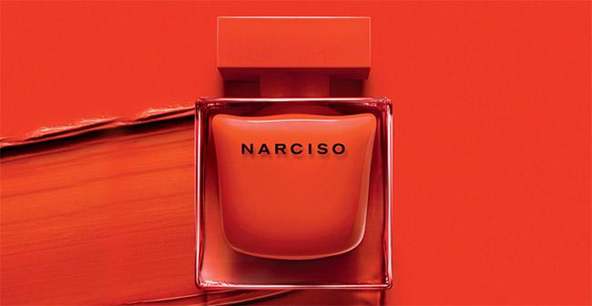 Dose d'essai de l'eau de parfum Narciso Rodriguez Rouge