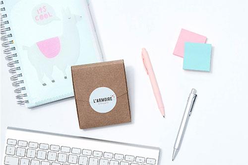 testez différents échantillons avec la Mini-box de L'Armoire à Beauté