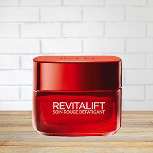 Soin Rouge Défatigant Revitalift L'Oréal en test gratuit