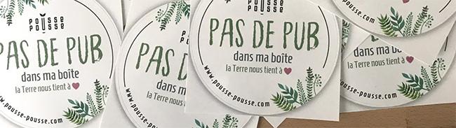 Stickers Stop Pub offerts pat Pousse-Pousse
