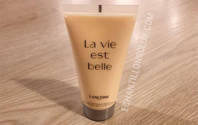 échantillon de lait corps La Vie est Belle de Lancôme