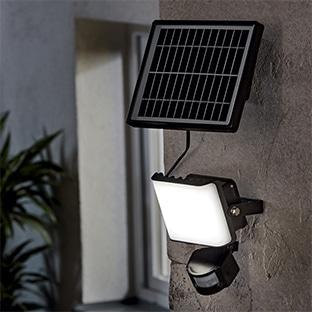 Lidl : Projecteur solaire à LED avec détecteur à 24,99€