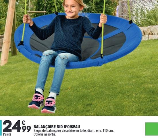 Siège de balançoire circulaire en toile à petit prix chez Aldi