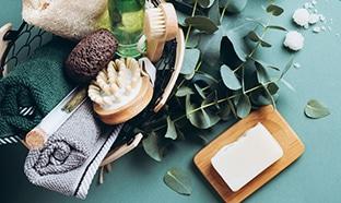 Faire des économies avec les cosmétiques solides / rechargeables