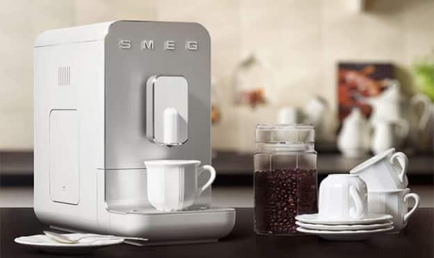 Jeu Logic Immo : Machine à café expresso SMEG à gagner