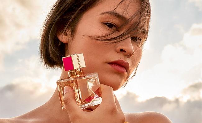 Recevez gratuitement un échantillon de la fragrance Voce Viva Intensa